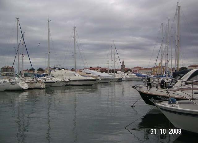 Marina Poreč: premalo vezova za velika plovila i premalo vezova za plovila građana