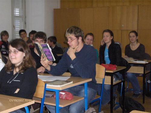 Studentica novinarstva u Ljubljani održala učenicima opće gimnazije predavanje na temu «Medijska konstrukcija spolova»