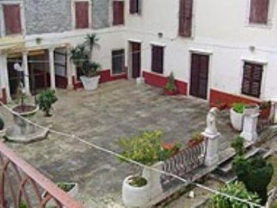 Elena Uljančić-Vekić: Povijest palače Vergottin