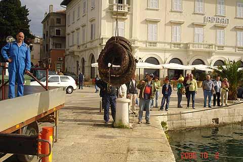 Ekološka akcija čišćenja podmorja u porečkoj luci trebala bi postati tradicionalna