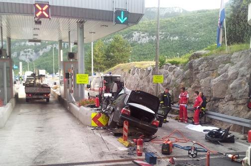 Kod Učke poginula jedna osoba: BMW je jurio 140 na sat i pretjecao u tunelu!