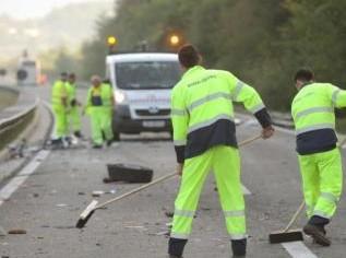U pola sata tri nesreće zbog ulja na cesti