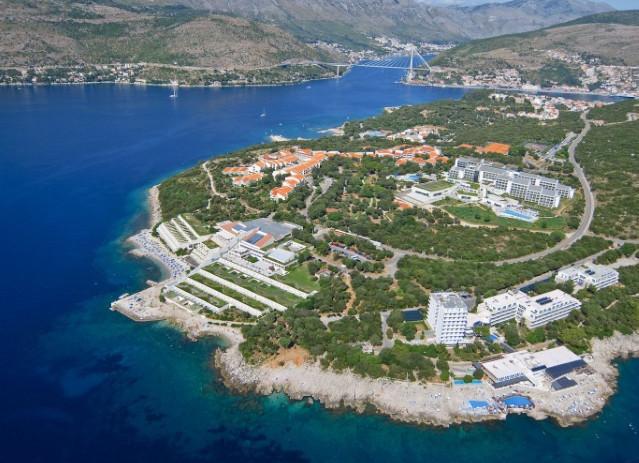 Pripajanjem društva Dubrovnik-Babin kuk d.d. tvrtki Riviera Adria d.d. najveća turistička kompanija u Hrvatskoj poslovat će od Istre do Dubrovnika
