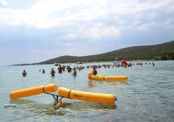Daljinski plivači u subotu uspješno odradili još jedan Cro – Cup maraton, 4200m na otoku Istu