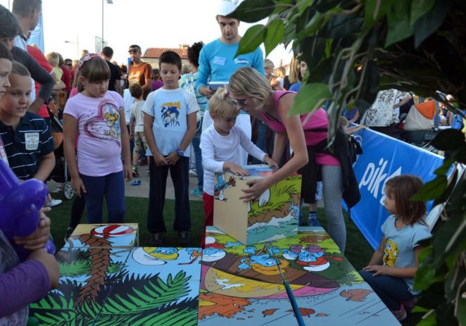 """Konzum, Ledo i PIK organizirali su nezaboravno događanje """"Štrumpfajmo zajedno"""" te priredili odličnu zabavu za najmlađe Porečane"""