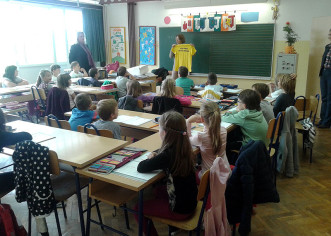 Zamjenica gradonačelnika posjetila prvašiće