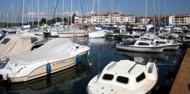 Opljačkane dvije jahte u Červar Portu
