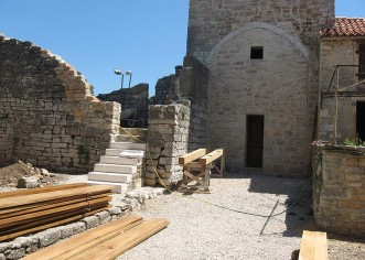 U Sv. Lovreču obnavlja se zvonik  iz sredstava proračuna Općine Sv. Lovreč i Regije Veneto