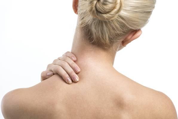 Riješite se bolova u vratu za samo 60 sekundi – Brza masaža za instant olakšanje