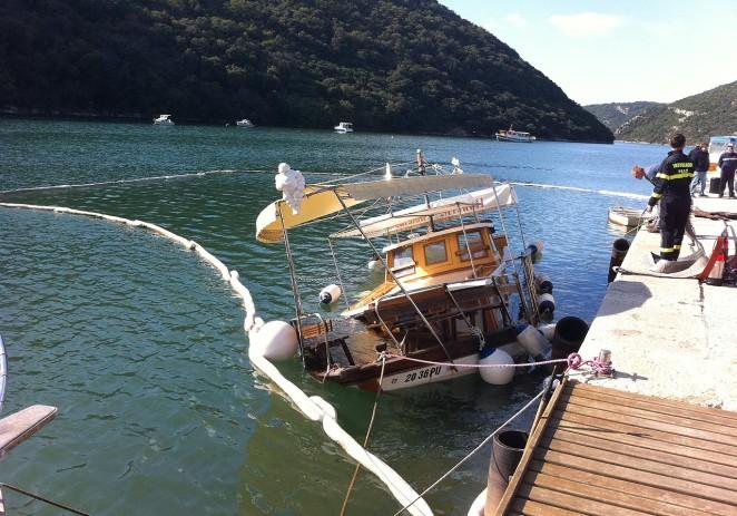 Priopćenje Lučke uprave Poreč o potonuću brodice u Limskom kanalu