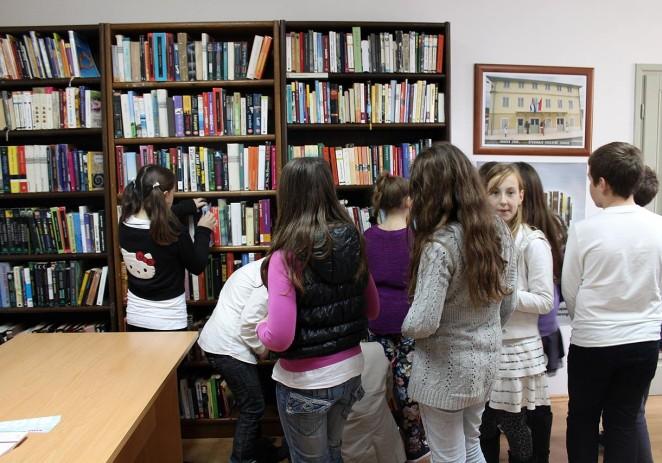 U Novoj Vasi danas otvoren knjižnični stacionar Gradske knjižnice Poreč