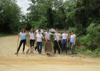 Djelatnici Booking.com predstavništva u Poreču očistili dio bike-staze Decumanus Maximus Agri
