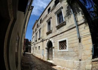 Priopćenje za javnost Istarskih demokrata: Osvrt vijećnika Vladimira Sladonje na Odluku o kupnji palače Bečić