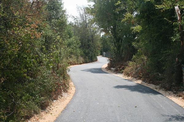 Asfaltirana cesta Ladrovići – Ružići