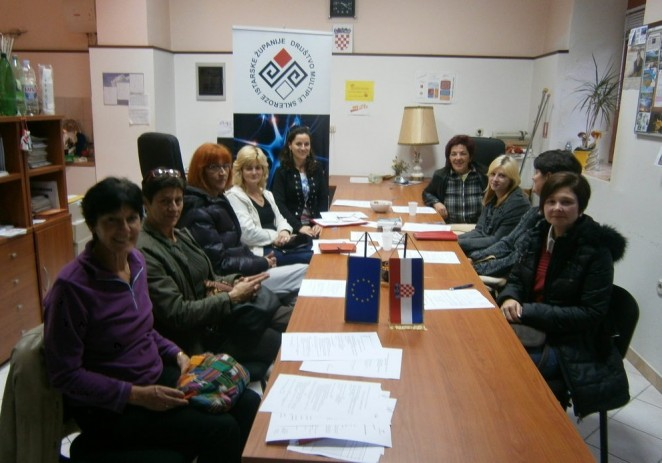 SREDSTVIMA IZ EU FONDOVA ZAPOSLENO 9 OSOBNIH ASISTENATA  Osigurana podrška neovisnom življenju i socijalnom uključenju u zajednicu osobama s invaliditetom