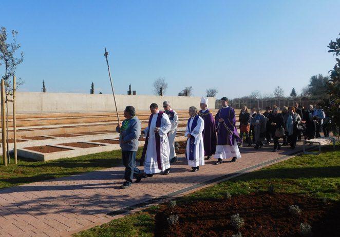 Blagoslovljen novoizgrađeni dio porečkog Gradskog groblja