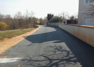 Asfaltirana ulica Ograde u Novoj Vasi