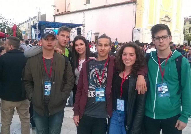 Učenici Turističko-ugostiteljske škole Antona Štifanića kao volonteri na Svjetskom školskom prvenstvu u košarci 2017.