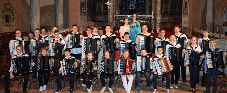 Harmonikaši koncert bazilika
