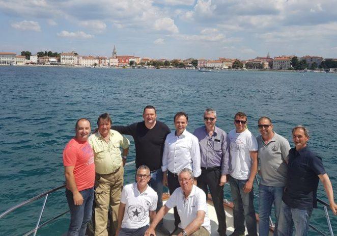 Ceh ribara UO Poreč upoznao kandidata za gradonačelnika Poreča-Parenzo s problematikom ribara