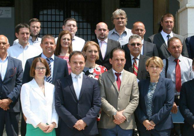 Novi predsjednik Gradskog vijeća Dean Pauletić, potpredsjednici Gordana Šušljik i Mario Ritoša