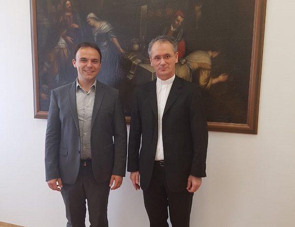 Gradonačelnik Loris Peršurić u službenom posjetu kod biskupa mons. Dražena  Kutleše