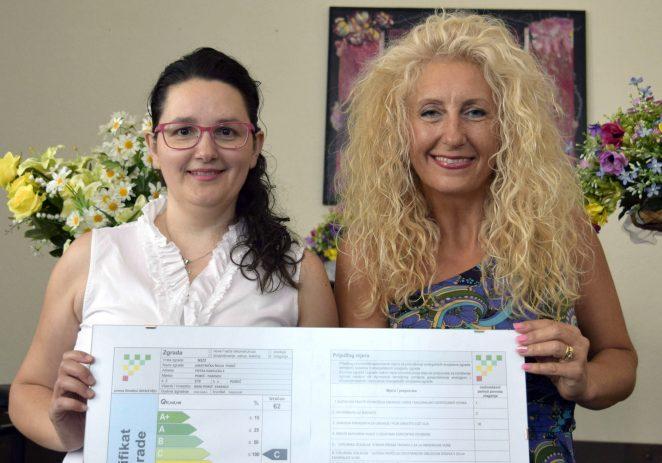 Projekt energetskog certificiranja objekata javne namjene ide dalje – i Umjetnička škola Poreč postala vlasnik energetskog certifikata