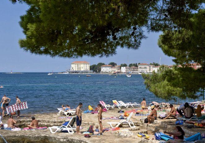 Nitko u Hrvatskoj ne smije ograditi plažu i naplatiti ulaz