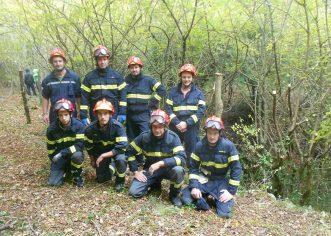 Višnjanski vatrogasci počeli ograđivati opasne jame u gustim šumama