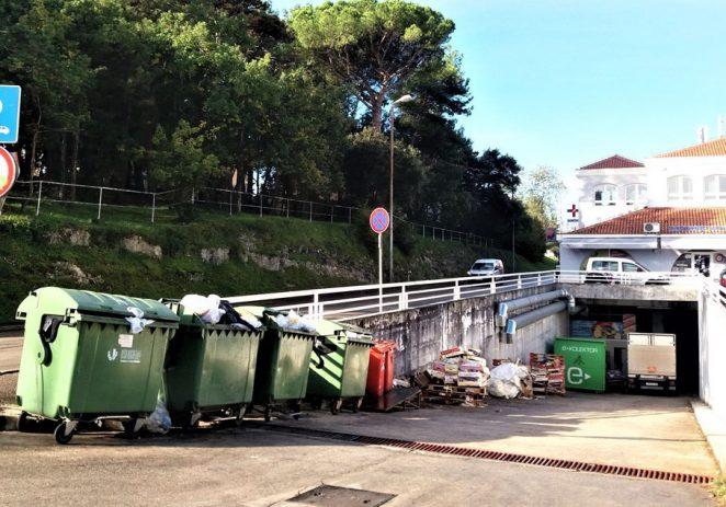 Kontejneri iza LaCopa uvijek prepuni smeća i smrada