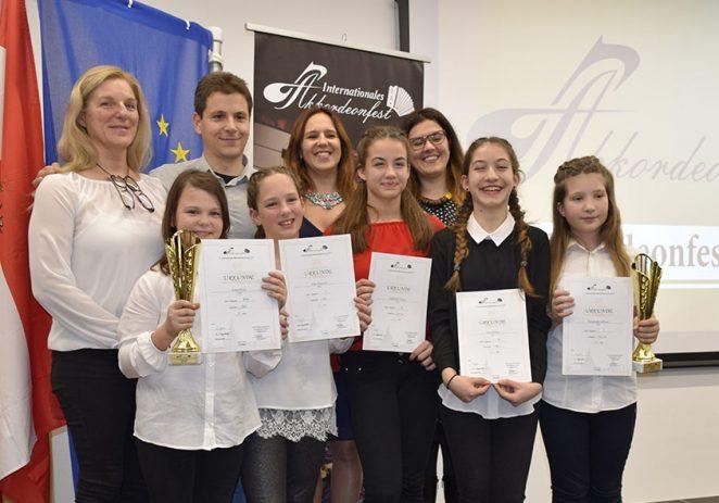 Porečke harmonikašice osvojile 5 prestižnih prvih nagrada u Grazu kao jedine predstavnice Hrvatske