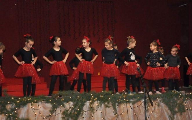 U Kašteliru, u sali na Domu, održan Božićni koncert