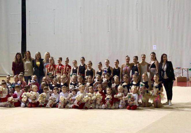 U utorak je u Žatici održana tradicionalna Božićna priredba kluba ritmičko sportske gimnastike Poreč