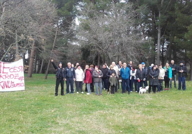 Peticija protiv gradnje prometnice na zelenoj površini porečkog Novog Naselja prikupila dosad više od 600 potpisa