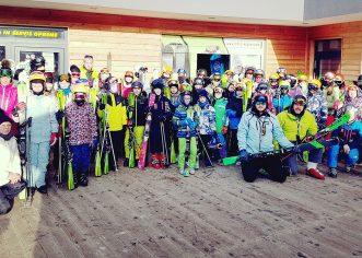 Učenici OŠ V. Nazora u Vrsaru zimske praznike proveli na skijalištu Kope u Sloveniji