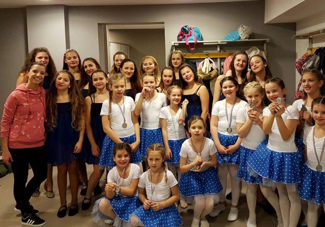 """Plesna skupina """"Stars"""" Zajednice Talijana Labinci uspješna na Istra Dance Open u Labinu"""