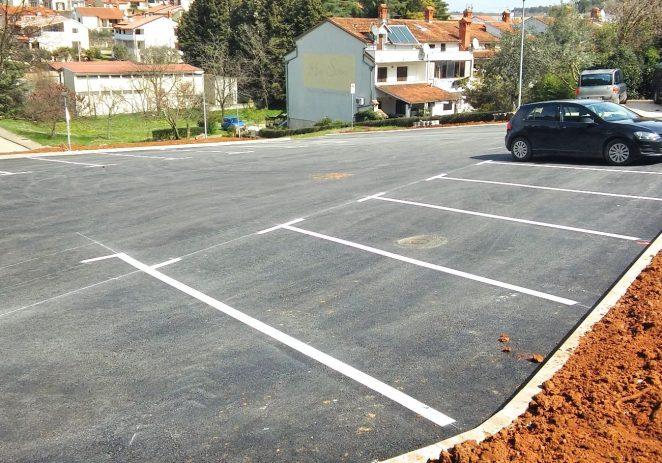 Ulica Alekse Šantića dobila 22 nova parkirna mjesta