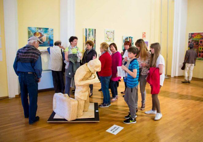 OTVORENA JE 12. PRO FUTURA: Tomislav Horvat skulpturom od šibica osvojio samostalnu izložbu