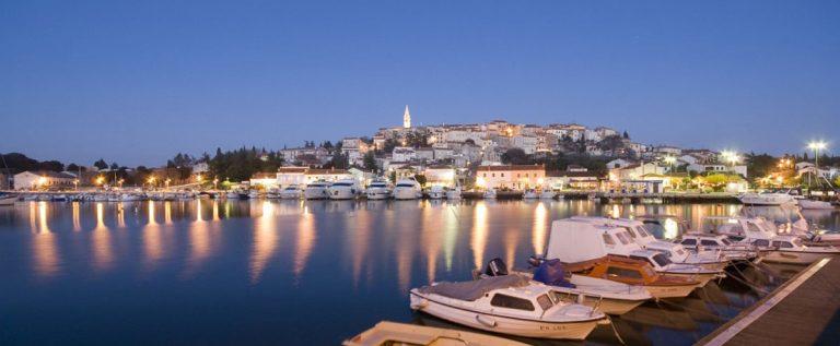 marina-vrsar-night