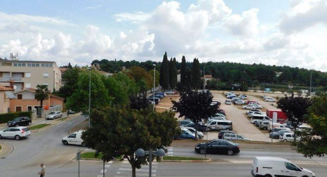 """Cijena najma zemljišta za parkiralište """"Vrtovi"""" učetverostručena…."""