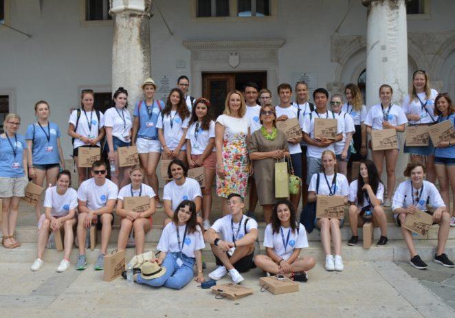 Lions Club Poreč organizira danas predavanje o razmjeni mladih i kampovima u Galiji