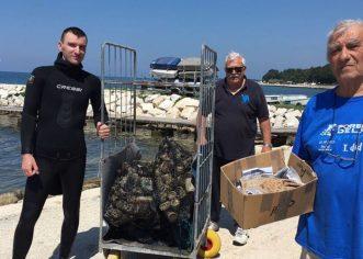 """U okviru Valamar projekta """"Volimo Jadransko more"""" porečki ronioci i jedriličari sudjelovali u akciji čišćenja priobalja i podmorja"""