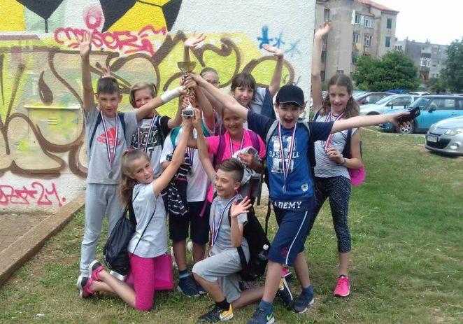 Učenici 4. razreda os. škole Tar-Vabriga osvojili 2. mjesto na natjecanju školskih sportskih društava u Rovinju