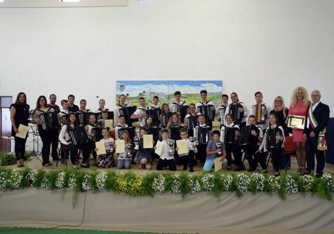 Porečki harmonikaši ponovno pobijedili osvojivši 13 prestižnih nagrada i  pokala u Erbezzu (IT)
