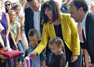 Dan koji je ušao u povijest Poreča, 31. kolovoza 2018. otvorena je nova Osnovna škola i sportska dvorana