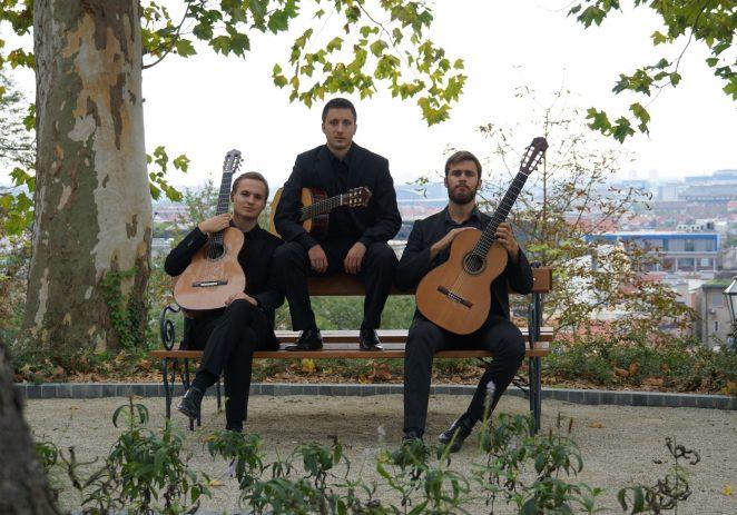 Španjolski zvukovi hrvatskih gitara u Eufrazijani – Mladi hrvatski gitaristički Trio Evocación priprema bogat repertoar