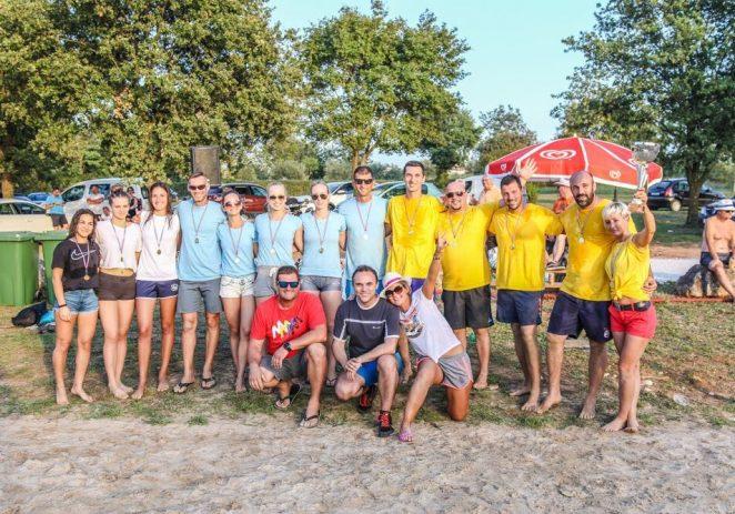 Održan tradicionalni beach volley turnir na plaži San Martin, pobjednik Mjesni odbor Žbandaj