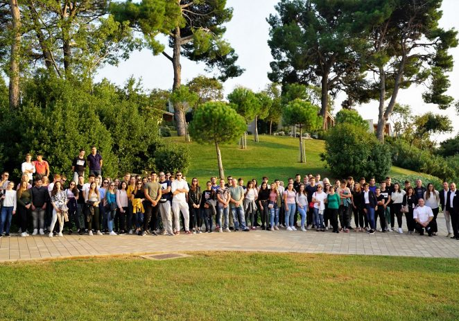 Gotovo 500 učenika, roditelja, profesora i ravnatelja posjetilo Valamar