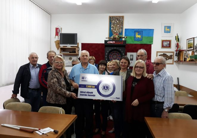 Lions Klub Poreč uručio donaciju Udruzi slijepih Istarske županije – podružnica Poreč