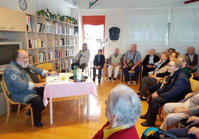 Knjižnice pokrenule val čitanja štićenicima domova za starije i nemoćne u Istri